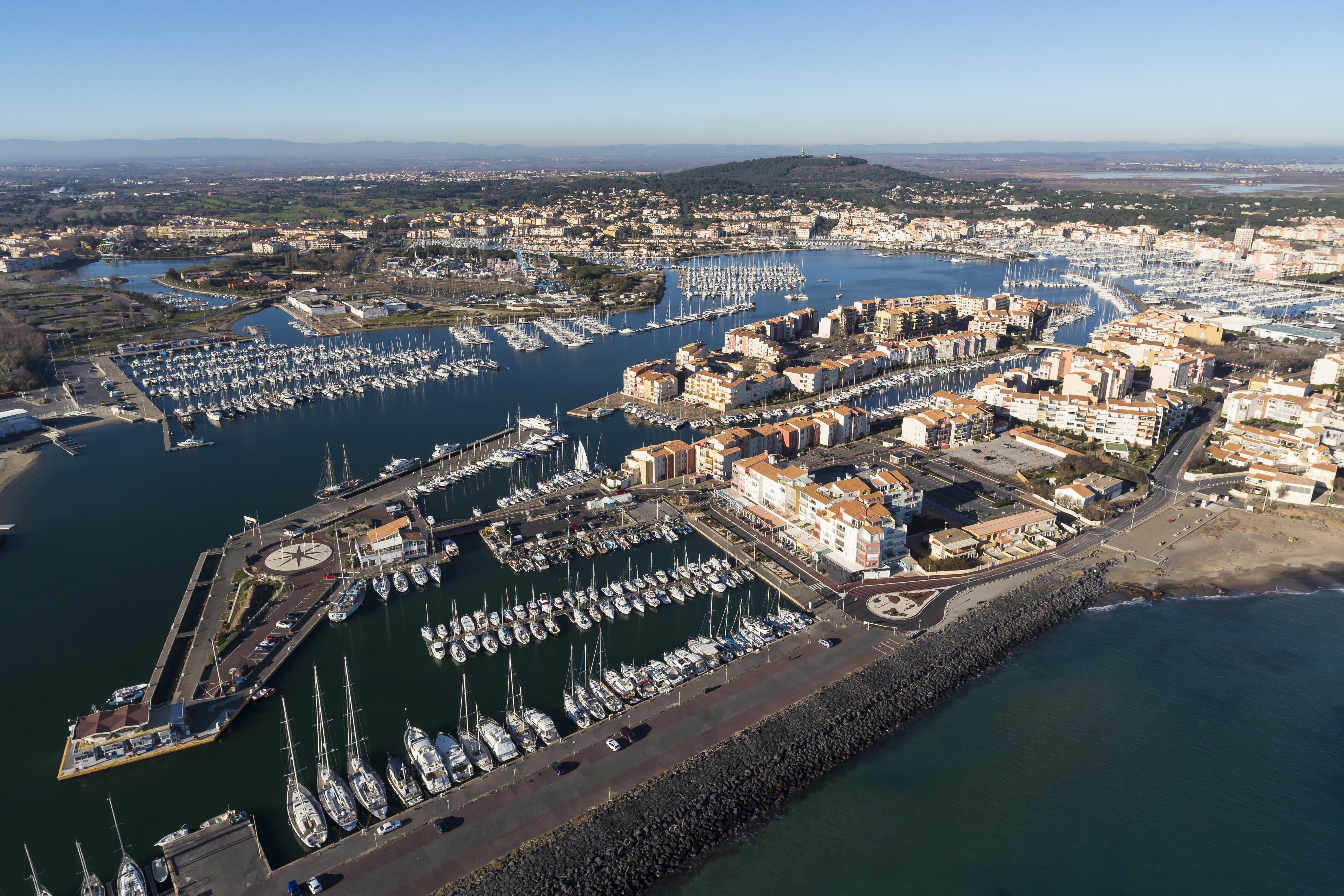 Vue aérienne Cap-d'Agde - Le port